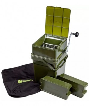Ridge Monkey Advanced Boilie Crusher Full Kit (includes 17 litre Modular Bucket)