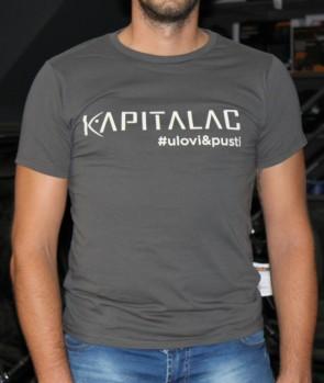 "Kapitalac Majica Front ""Ulovi i Pusti"" Veličina S"